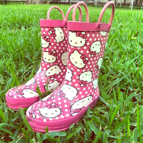 a8d4e1da2 Western Chief girls hello kitty rain boots. M_5ba43ea94ab6338e3b4fcaeb